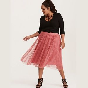 [Torrid] Pink Rose Pleated Mesh Skirt